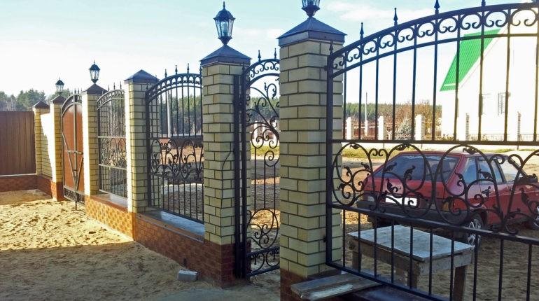 Освещение заборов и оград