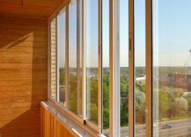 Остекление балкона и лоджии с крышей