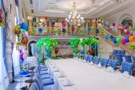 Оформлении праздничных залов и комнат