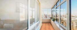 Как подобрать тип остекления балконов в Воронеже: цены и особенности