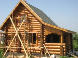 Этапы возведения деревянного дома или бани